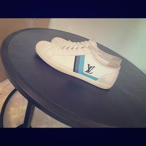 Men's low top Louis Vuitton sneakers